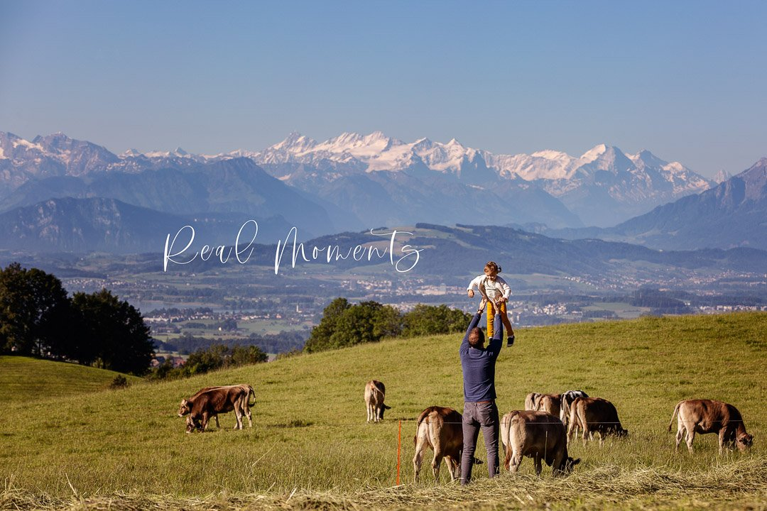 Dad and daughter with Berner Alpen mountain view